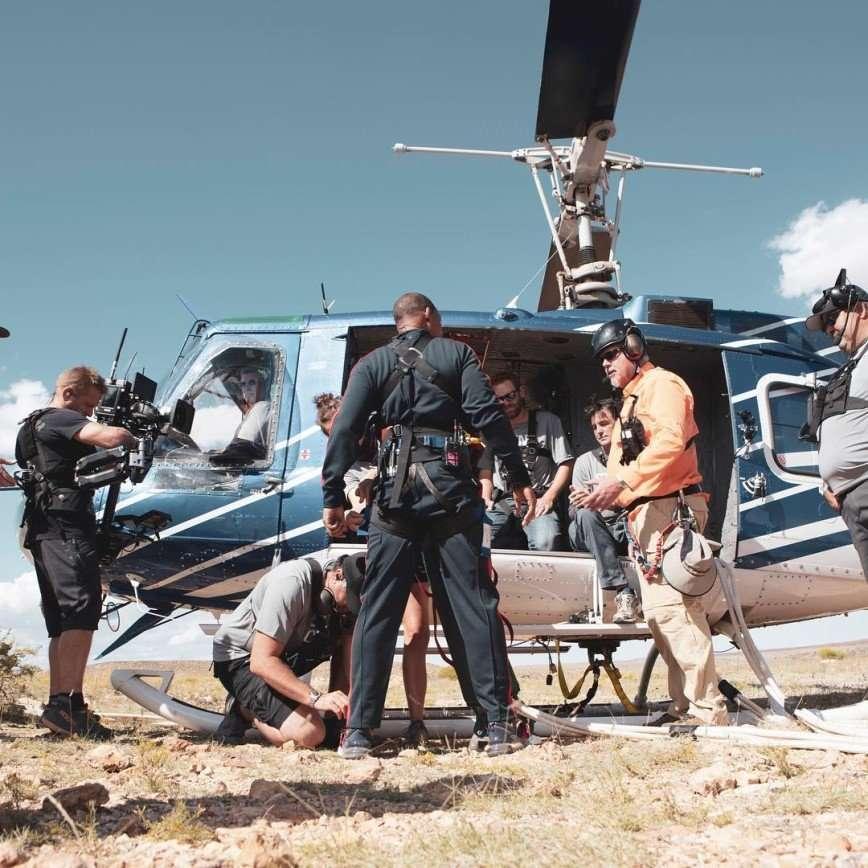 Уилл Смит отметил 50-летний юбилей прыжком с вертолета